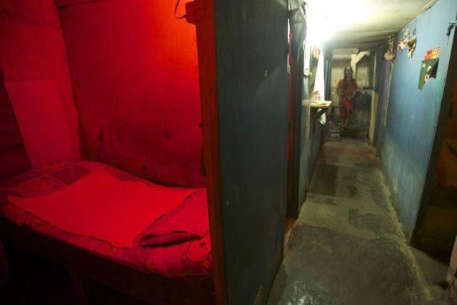 Suasana Pelacuran Sekitar Kawasan Lampu Merah Di Jakarta 03 - Suasana Pelacuran Sekitar Kawasan Lampu Merah Di Jakarta