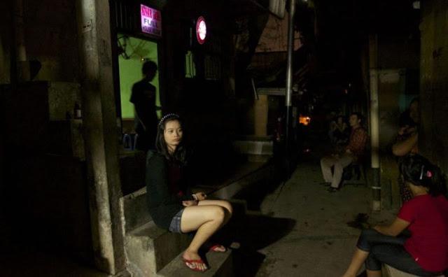 Suasana Pelacuran Sekitar Kawasan Lampu Merah Di Jakarta 14 - Suasana Pelacuran Sekitar Kawasan Lampu Merah Di Jakarta