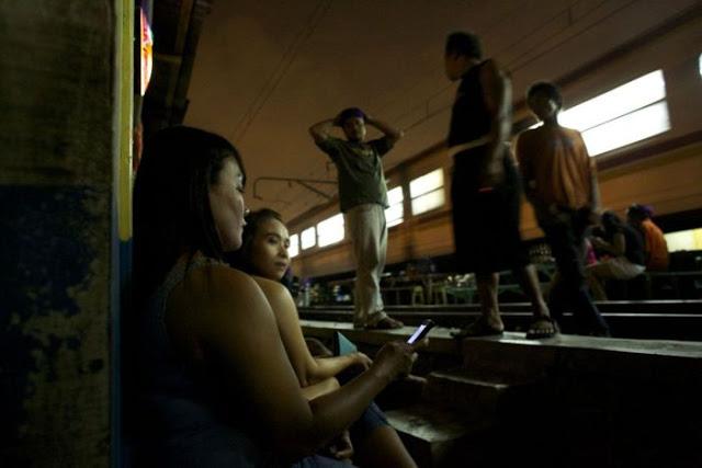 Suasana Pelacuran Sekitar Kawasan Lampu Merah Di Jakarta